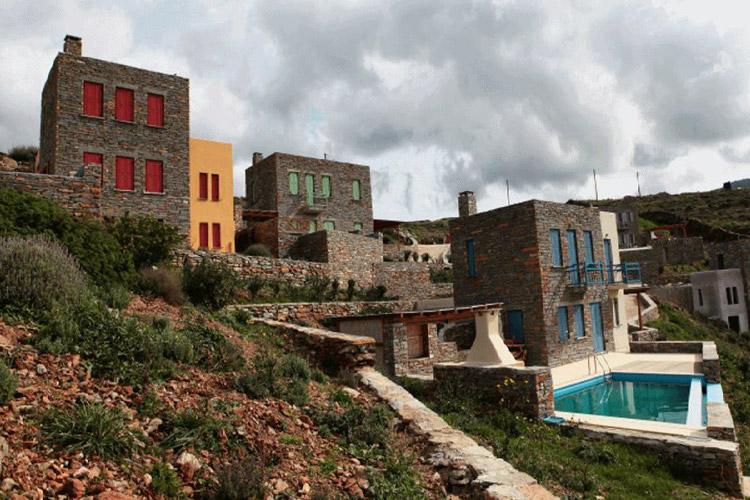 Κατασκευή Εξοχικών Οικιών στην Τζιά