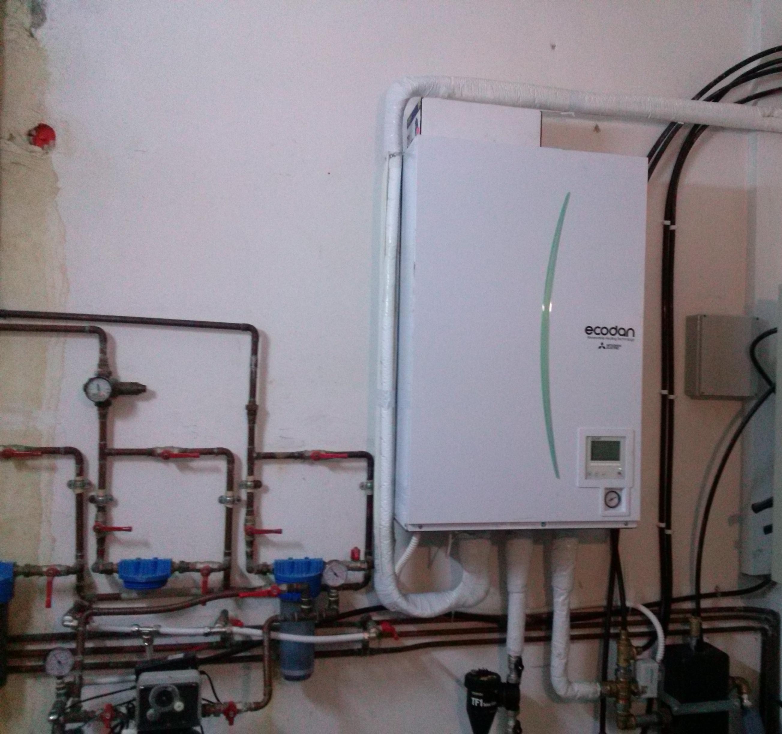 Ανλία Θερμότητος 23 kW MITSUBISHI ELECTRIC ZUBADAN (Εσωτερική μονάδα) σε κατοικία στο Μαρκόπουλο Ωρωπού