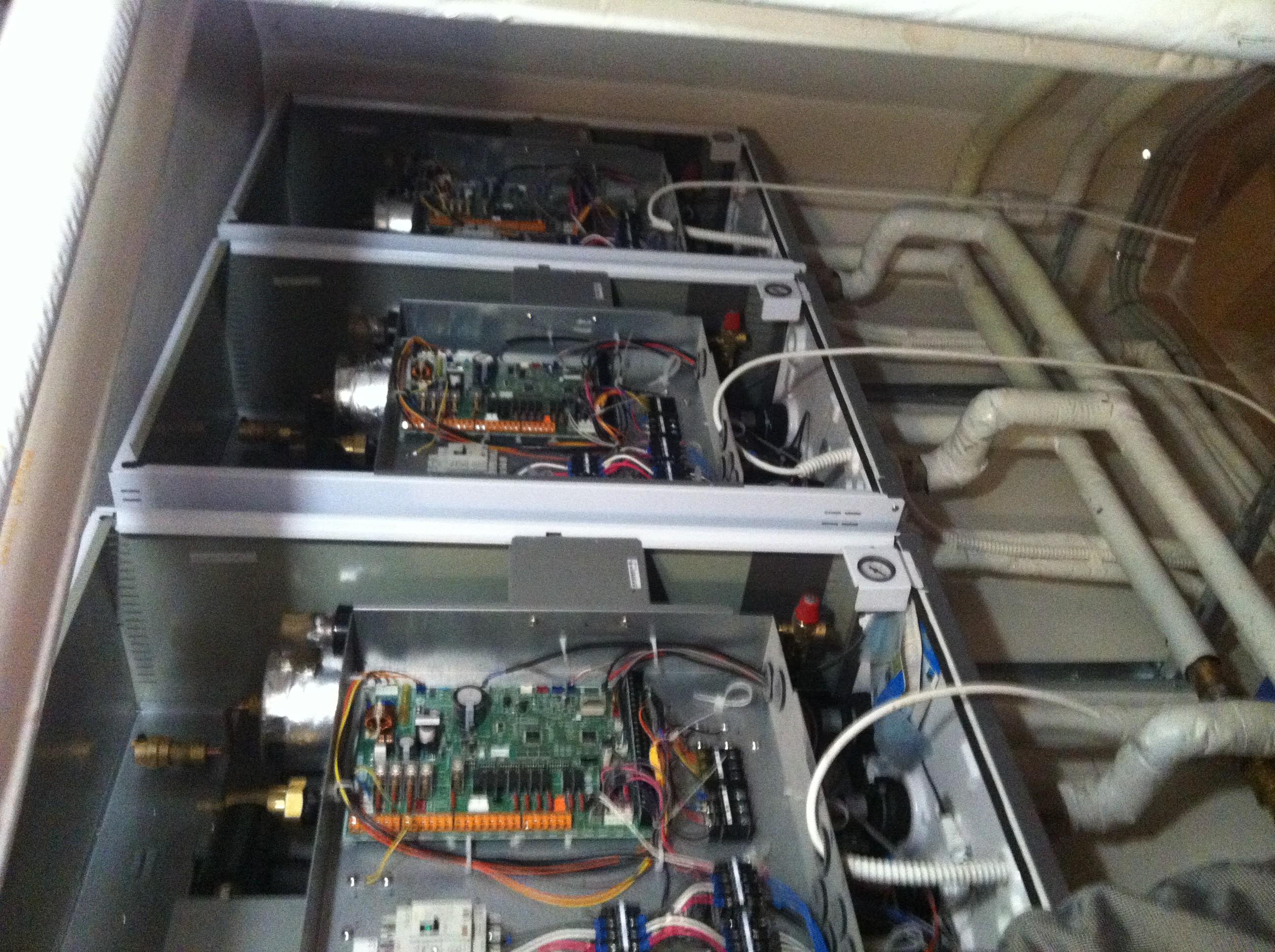 Τρείς Αντλίες Θερμότητος των  25 kW η κάθε μια σε κατοικία 700μ2 στην Εκάλη αρχή συνδέσεων-1