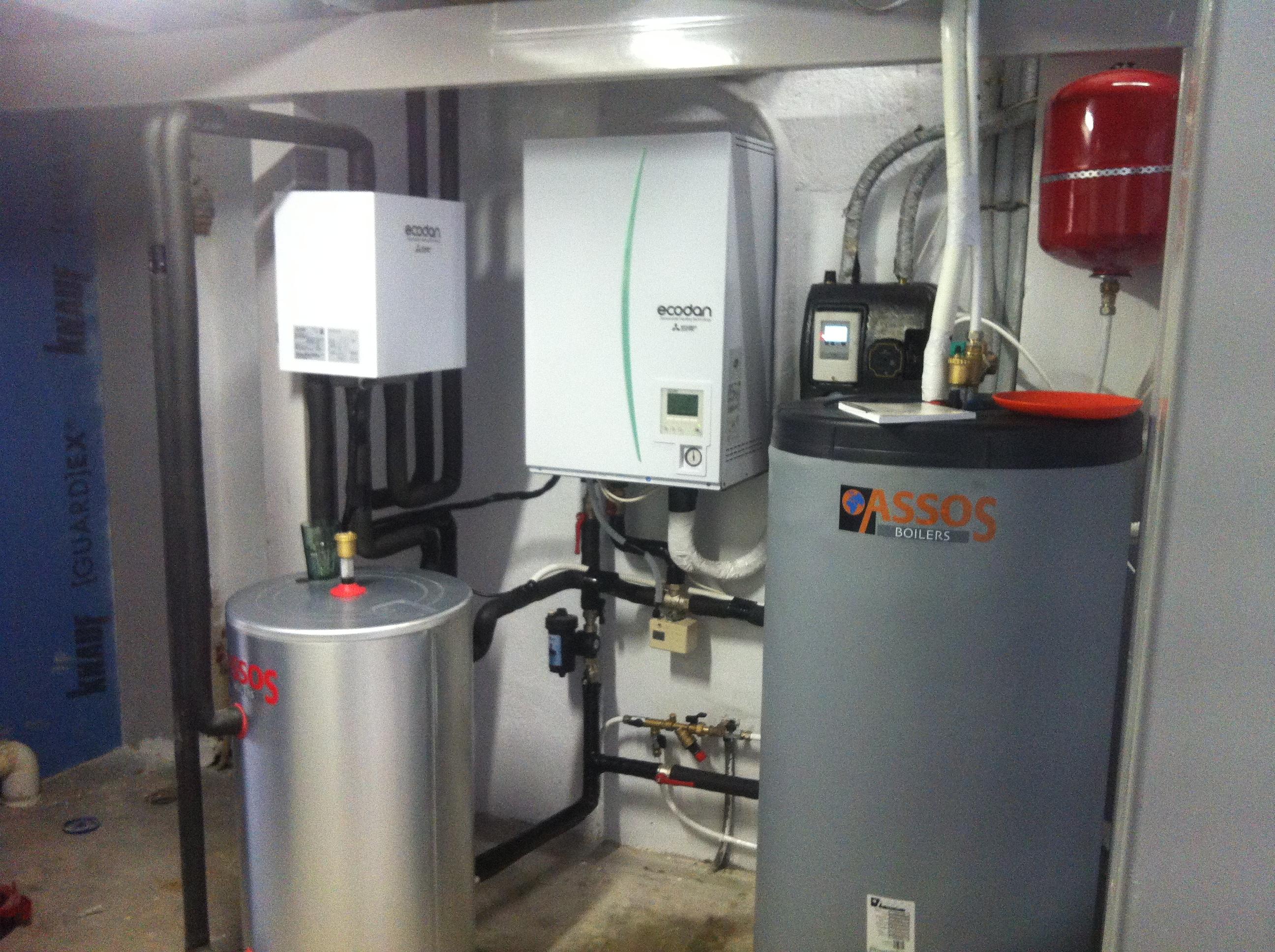 Σύστημα με δυο θερμοκρασιακές ζώνες της MITSUBISHI ELECTRIC σε κατοικία στην Ραφήνα